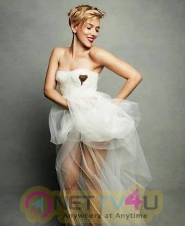 Actress Scarlett Johansson Enchanting Images