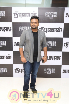 Nibunan Movie Premiere Show Photos Tamil Gallery
