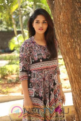 Actress Sunaina At Pelliki Mundu Prema Katha Trailer Launch