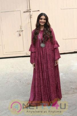 Sonam Kapoor Came To Mehboob Studio Hindi Gallery