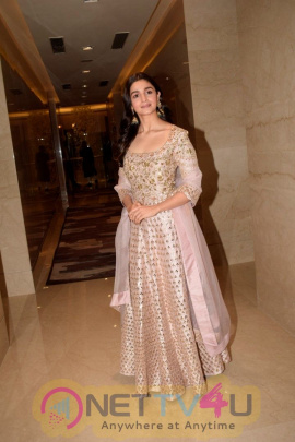 Navbharat Times Utsav At Trident Bkc  Restaurant In Mumbai Cute Images Hindi Gallery