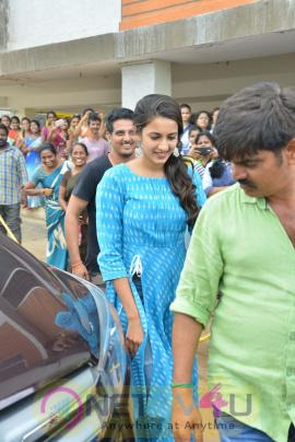Happy Wedding Movie Team At Gannavaram Sri Chaitanya College Pics