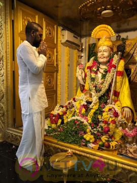 Raghava Lawrence Observing Shri Raghavendra Swamy - Jeeva Samadhi Day