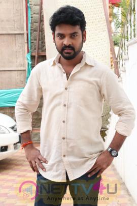 Mannar Vagaiyara Shooting Spot Press Meet Stills Tamil Gallery
