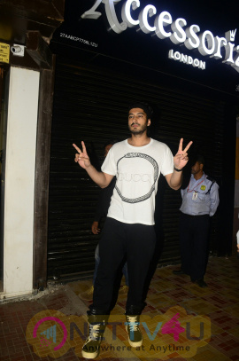 Arjun Kapoor & Other Celebs At Attend Anshula Kapoor Birthday Party Pics Hindi Gallery