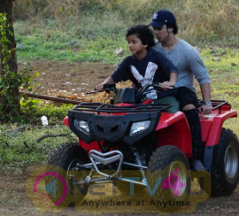 Salman Khan & Family At Panvel Farmhouse Images Hindi Gallery