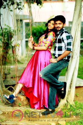 Yemaali Movie Hero Sam Jones With Heroine Athulya Ravi & Roshini Prakash Pics Tamil Gallery