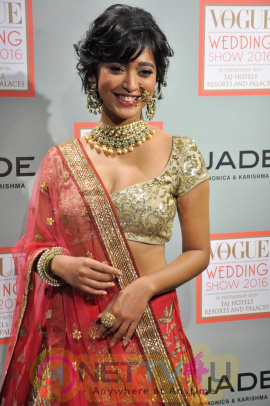 A Prelude To The Vogue Wedding Show 2016 With Actress Sayani Gupta Lovely Stills