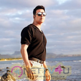 Actor Akshay Kumar  Shining Stills