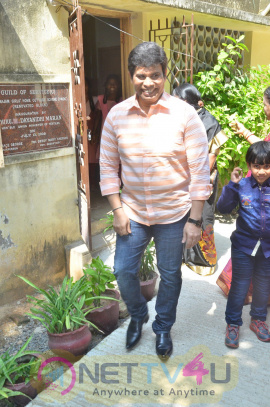 Actor Anandaraj  Birthday Celebration Stills Tamil Gallery