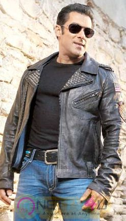 Actor Salman Khan Stylish Images