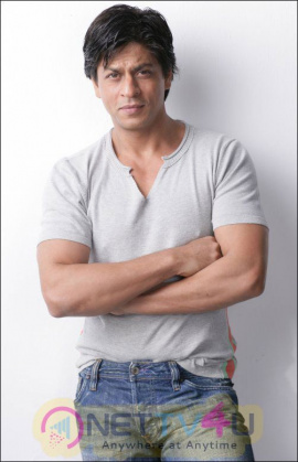 Actor  Shah Rukh Khan Latest Stills