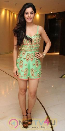 Actress Isha Talwar  Glamourous Images