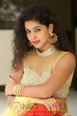 Actress Pavani Good Looking Photos At Campus Ampasayya Press Meet Telugu Gallery
