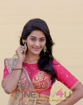 Actress Pooja Jhaveri Latest Shining Stills