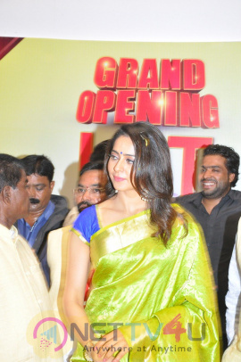 Actress Rakul Preet Singh Inaugurates LPT Market Exclusive Photos Telugu Gallery