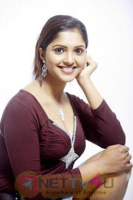 Actress Sanchita Padukone High Quality Stills Tamil Gallery