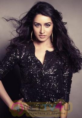 Actress Shraddha Kapoor Hot Stills Hindi Gallery