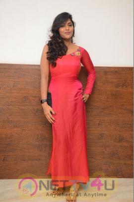 Actress Sri Lovely Photos At Pelli Choopulu Latest Telugu Movie Audio Launch