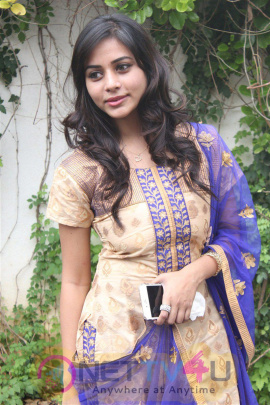 Actress Suza Kumar Fascinating Photos