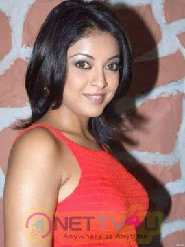 Actress Tanushree Dutta Hot Photo Shoot Images