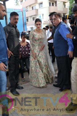 Aditi Rao Hydari At PC Chandra Jewellers Showroom Launch Photos Hindi Gallery