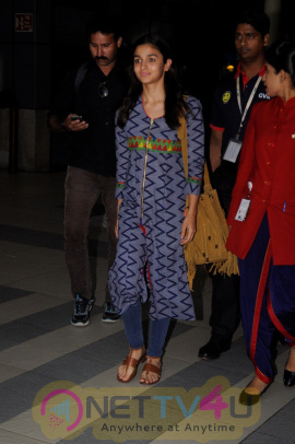 Alia Bhatt & Sanjay Khan Spotted At Airport Stills Hindi Gallery