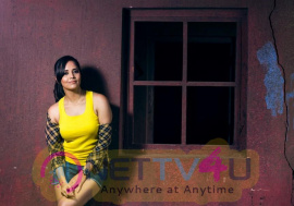 Anasuya Bharadwaj Gorgeous Photo Shoot Stills