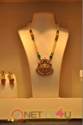 Anchor Lasya Exclusive Devna Collection At TBZ Original Panjagutta Store Opening Potos Telugu Gallery