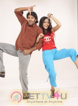 actor arya in samrajyam movie stills