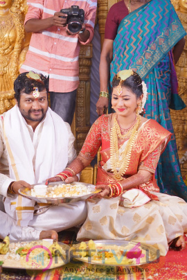 Actor Bobby Simha & Actress Reshmi Wedding Images Tamil Gallery