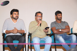 actor vishal s paandavar ani press meet photos