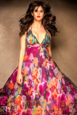 Actress Aaditi Pohankar High Quality Stills