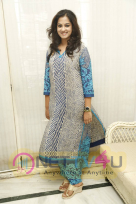 actress nanditha raj stills at krishnamma kalipindi iddarini interview