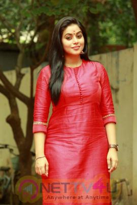 actress poorna photos at mama manchu alludu kanchu launch