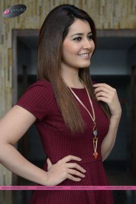 Actress Rashi Khanna Latest Photo Gallery