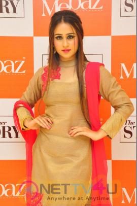 Actress Simrat Latest Hot Sexy Photos Telugu Gallery