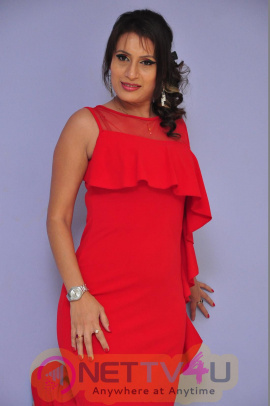 Actress Sonia Chowdary New Photos Telugu Gallery