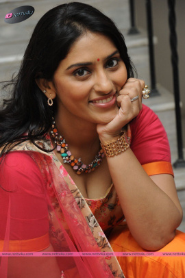 actress sri sudha hot look photos