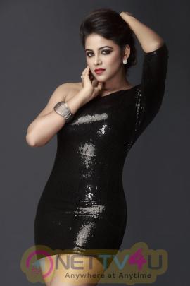 Actress Subiksha Photo Shoot Beauteous Stills Tamil Gallery