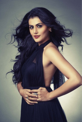 actress taapsee pannu s elegant and stylish stills