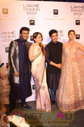 Arjun Kapoor, Jacqueline Fernandez, Kareena Kapoor On Ramp At Opening Show Of Manish Malhotra At LFW 2016 Latest Photos Hindi Ga