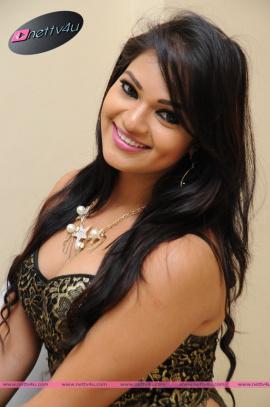 Telugu Actress Aswini Hot Pictures