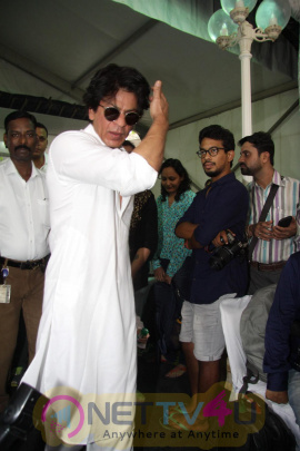 Bollywood Actor Shah Rukh Khan  Celebrates Eid Al-Fitr At His Home Today Attractive Stills Hindi Gallery