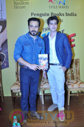 Book Launch The Kiss Of Life With Emraan Hashmi Event Stills Hindi Gallery