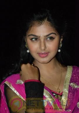 beautiful a sweet monal gajjar actress images