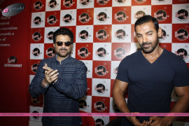 bollywood film welcome back promotion at fever 104 fm