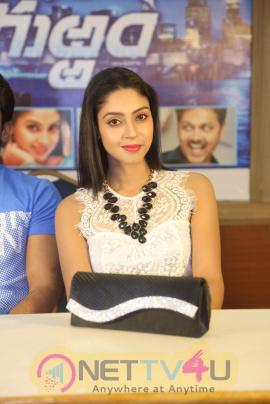 Chal Chal Gurram Movie Release Press Meet