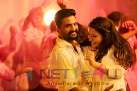 Dhilluku Dhuddu Tamil Movie  Latest Stills Tamil Gallery