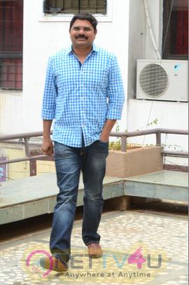 Director Madhura Sreedhar Reddy Interview Good Looking Stills